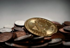 How is the value of Bitcoin determined?
