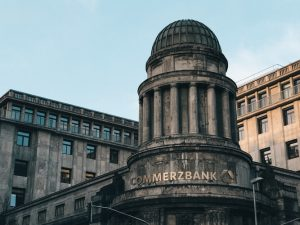 Central banks and the future of digital money