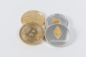 """Cryptocurrency companies recognized as """"money service businesses"""" in Canada"""