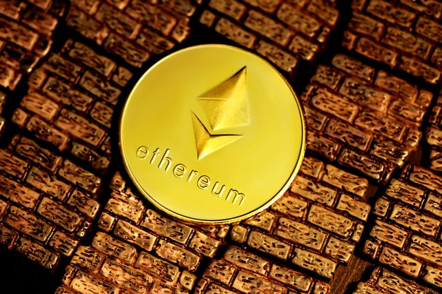 Importance of making alliances between cryptocurrencies to achieve scalability according to Vitalik Buterin